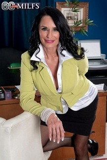 Sexy mature slut Rita Daniels is an on screen slut for hard cock