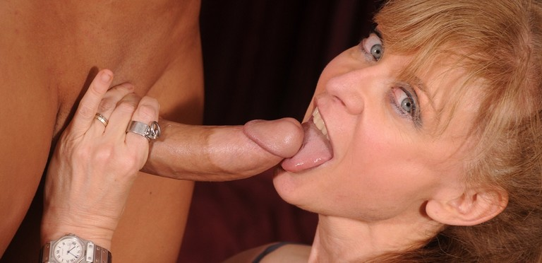 Porn legend Nina Hartley sucks and fucks ChristianXXX