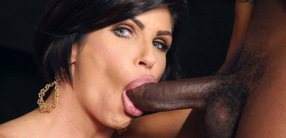 Shay Fox sucks on big black cock at blacksoncougars.com