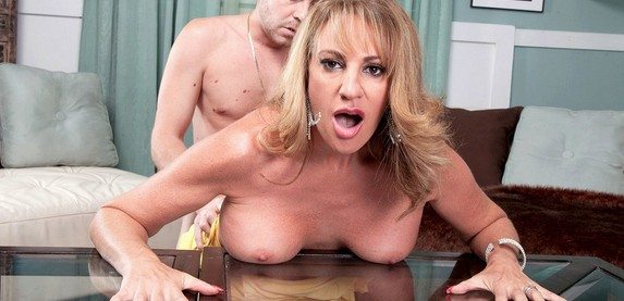 Sexy amateur Annette Hotwife gets fucked good at 40SomethingMag.Com
