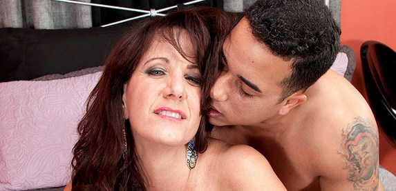 Sexy newcomer Cassie Cougar is horny to show off her sexy at 40SomethingMag.Com
