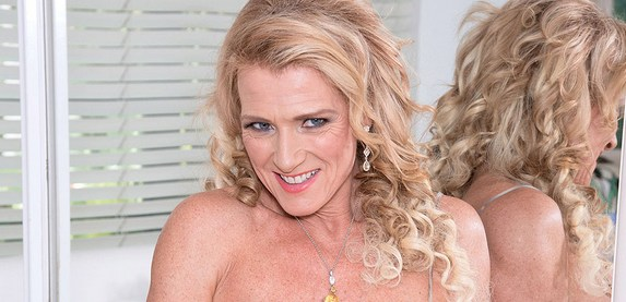 Sexy hard body MILF Amanda Verhook gets her pussy and ass stuffed with hard cock at 40SometingMag.Com