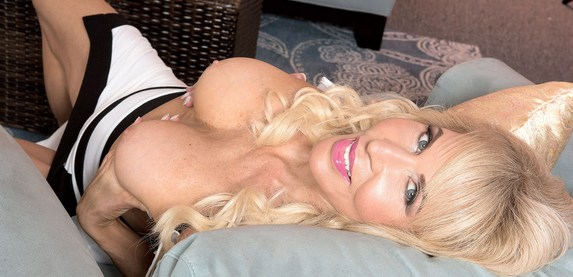 Granny sex star Erica Lauren returns to 60PlusMILFs.Com