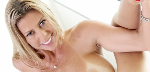 Alexis Fawx returns to Lusty-Mature.Com
